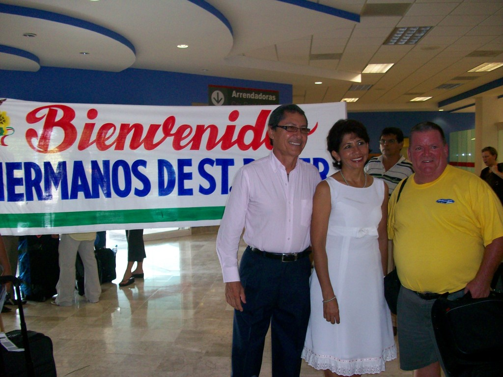 Bienvenidos Hermanos de St. Peter - Welcome Brothers/Sisters from St. Peter